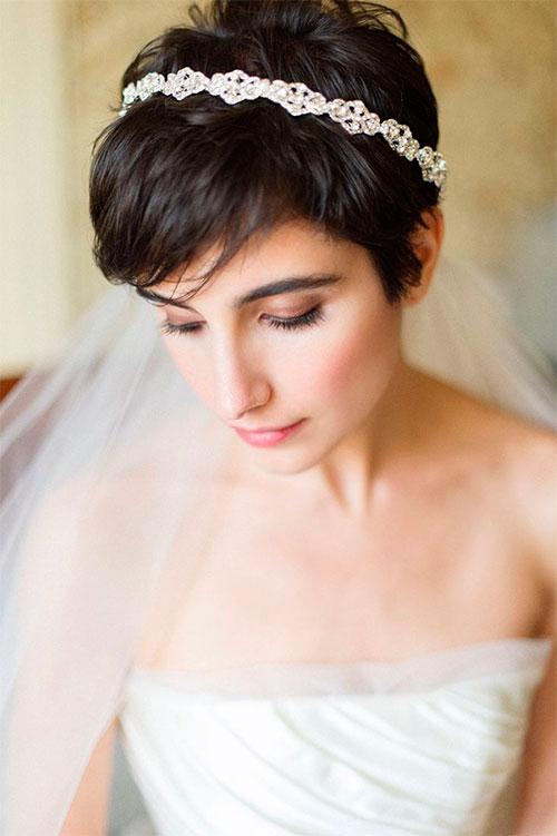 Варианты стрижек и причесок на короткие волосы для невест